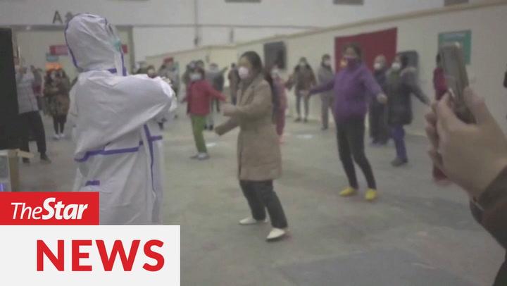 Coronaviruspatients, medical staff dance at Wuhan hospital to stay positive