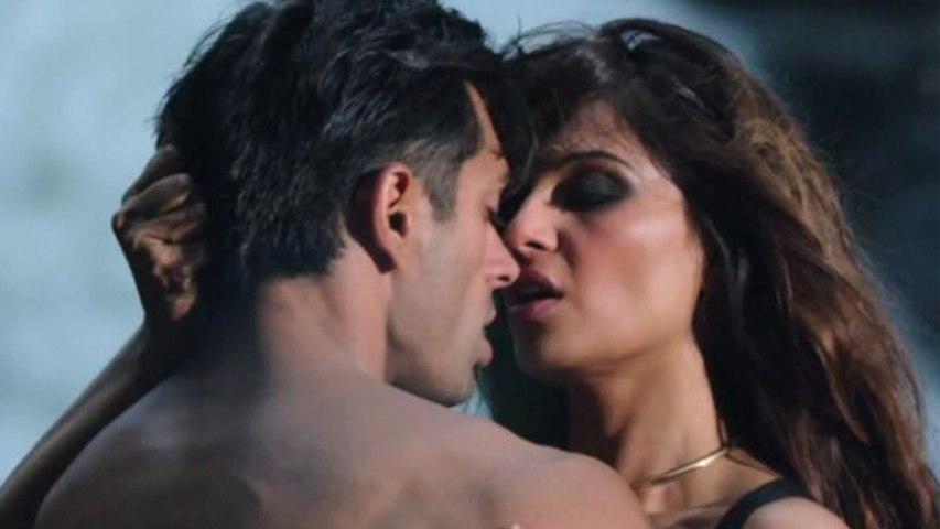 Bipasha Basu ने Bold Scene को लेकर कही ये बात, कहां चक्कर आने लगते है । Boldsky