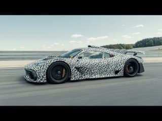 Un prototype de Mercedes-AMG One en piste (2020)