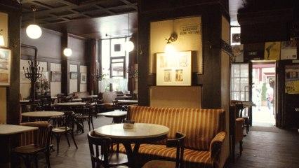 Melange statt Cappuccino: Zu Besuch im Café Hawelka
