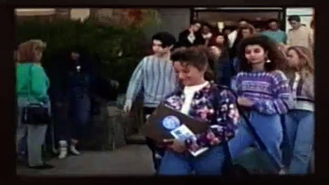 Beverly Hills BH90210 Season 2 Episode 21 - Everybodys Talkin Bout It
