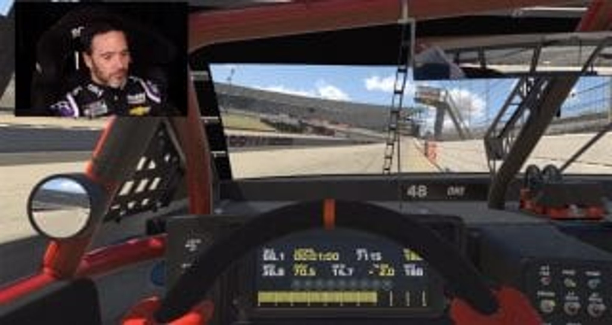 Video: Jimmie Johnson turns iRacing laps at Dover