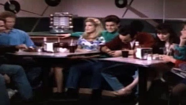 Beverly Hills BH90210 Season 2 Episode 27 - Mexican Standoff