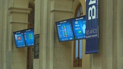 El Ibex 35 consigue mantener los 7.100 puntos tras subir un 0,21 %
