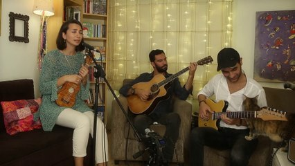 Burcu Yeşilbaş - Ay Ümmühan (Live)