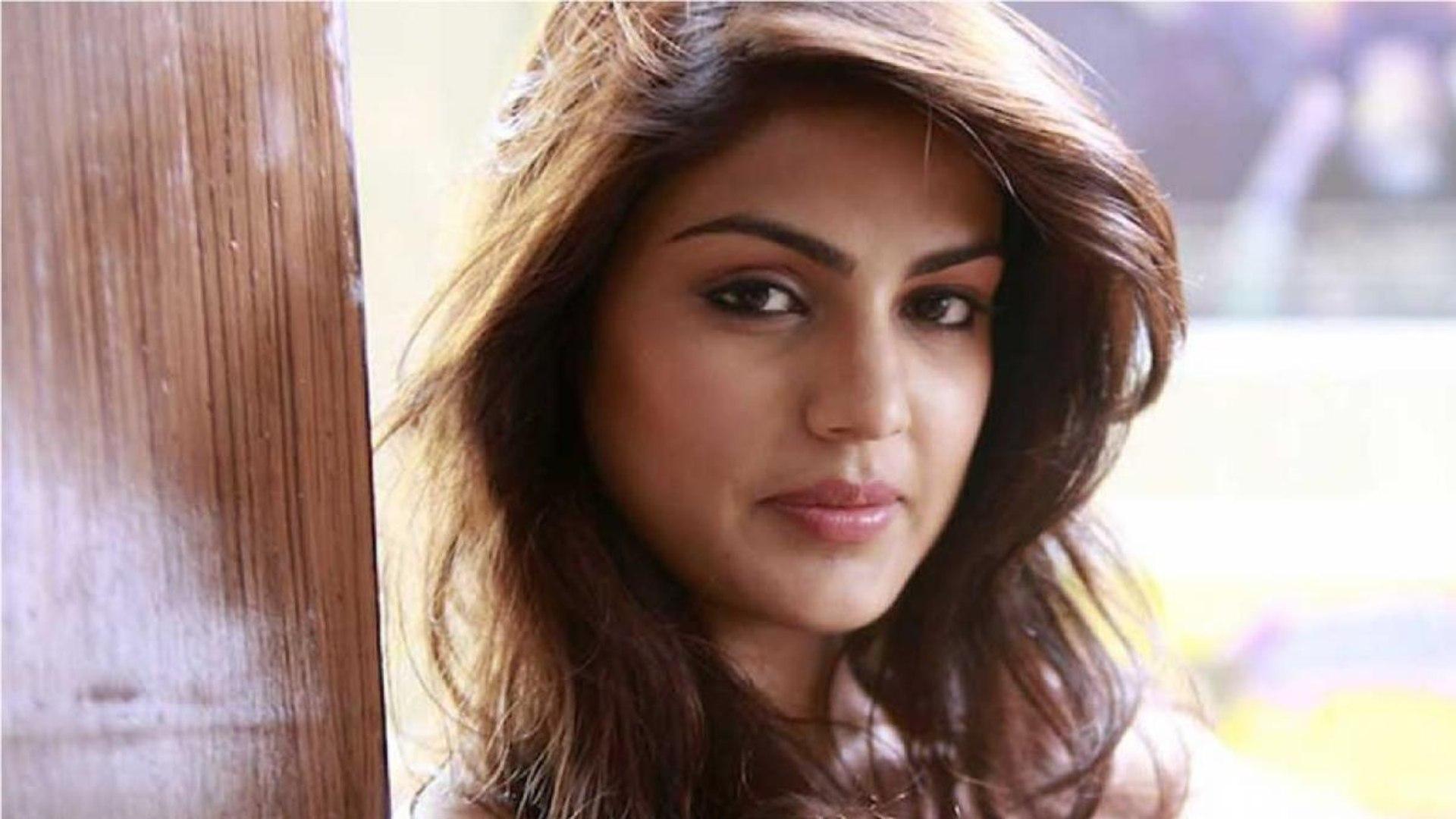 Rhea Chakraborty reaches DRDO guesthouse