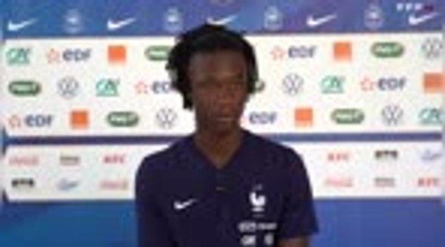 "France - Camavinga : ""Nzonzi le grand frère, Pogba le modèle"""