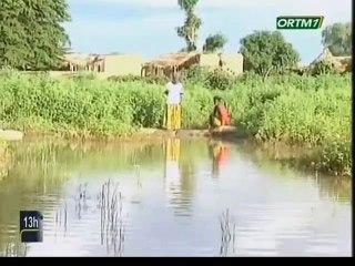 ORTM/Don de vivres et non vivres par le président du conseil régional de Koulikoro