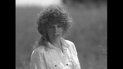 Reba McEntire - You Lie