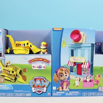 Paw Patrol Blend Gumballs in Toy Blender