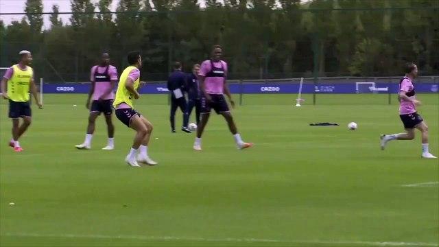 Le joli ciseau de James Rodriguez à l'entraînement d'Everton