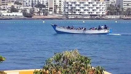 Localizada una patera en el sur de Tenerife con un fallecido a bordo