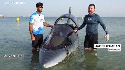 Cosa si prova a guidare uno squalo a motore?