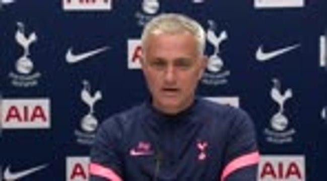 """Tottenham : Mourinho : """"Nous travaillons sur la venue d'un attaquant"""""""
