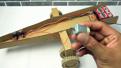 YP STUDIO - MILITARY AIRCRAFT - Make Things From Cardboard