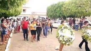 Sepultamento de policial que morreu de Covid-19 em Itaporanga é marcado por homenagens e muita comoção