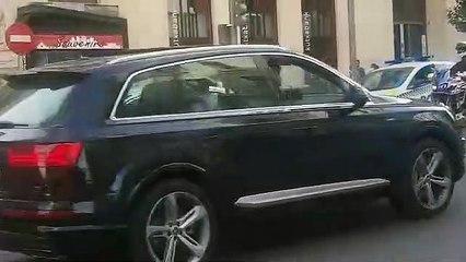 La policía multa a 'Batman', que conducía en plena Gran Vía sin los papeles del coche