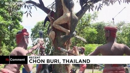"""فيديو من """"معابد تايلاند"""".. أبراج محصنة وتنانين ونسور تقتلع أمعاء الأشرار"""