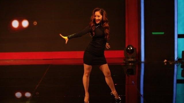 """Nữ hoàng dance sport Khánh Thi và vũ điệu bốc lửa đêm khai mạc gameshow """"Bạn Có Thực Tài?"""" 2016."""
