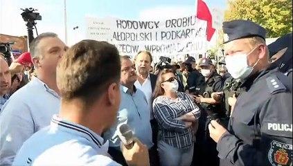Pologne : colère des éleveurs d'animaux à fourrure