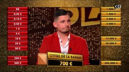 Que va décider de faire Valentin suite à l'offre de 700 euros du banquier ?