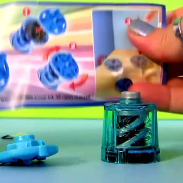 Mickey Mouse Surprise Egg Kinder Surprise Eggs Disney Pixar Cars HOLIDAY edition Sorpresa Huevos