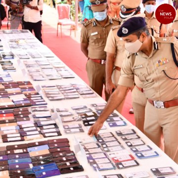Chennai police retrieve 1193 lost mobile phones, return them to owners