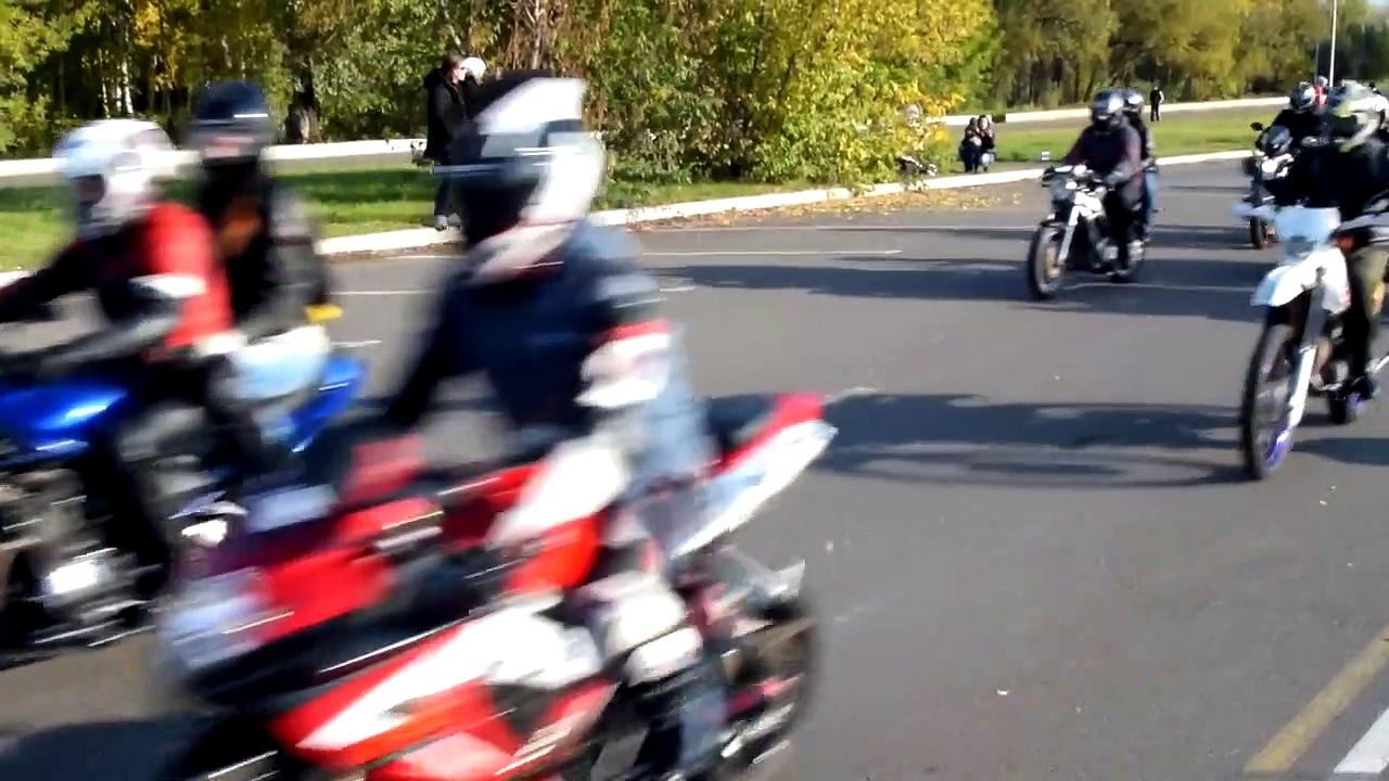 Motorcycles by ムービングマネー
