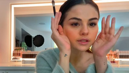 Selena Gomez's 10 Minute On-The-Go Beauty Routine