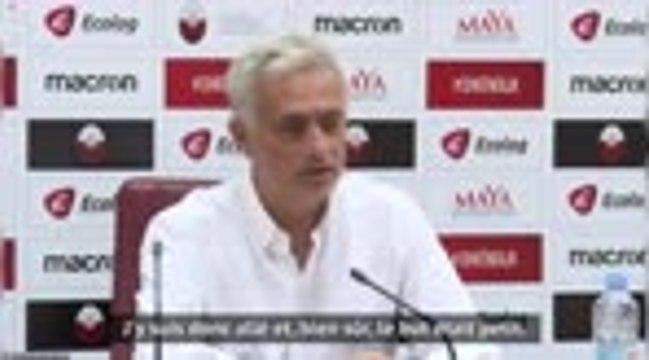 """Tottenham - Mourinho : """"Je me suis rendu compte que les buts étaient 5 cm trop petits"""""""
