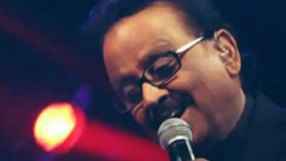 S P Balasubrahmanyam की हालत बेहद नाजु़क; Life support पर हैं मशहूर सिंगर | FilmiBeat