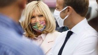 Brigitte Macron porte un masque sublime fait par un artiste marocain !