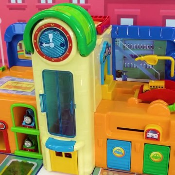 Thomas and Friends Train Playset and Puzzle for Kids
