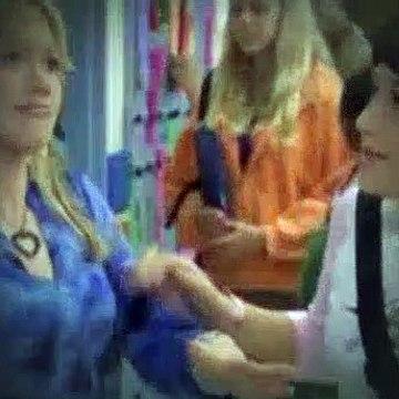 Lizzie McGuire Season 2 Episode 1 - First Kiss