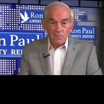 Ron Paul Appears To Suffer A Stroke