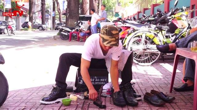 Chàng đánh giày và thương hiệu nổi tiếng.