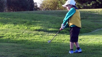 Five-year-old golfer Lachlan Tod wins junior major