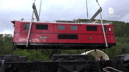 Reportage - La première locomotive du petit train de la Mure entre en gare ! - Reportage - TéléGrenoble