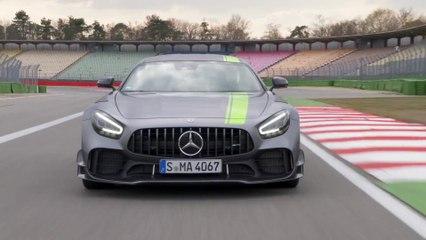 تعرّف على سلسلة مرسيدس- AMG GT التي تضم سيارة مرسيدس- AMG GT R PRO الجديدة