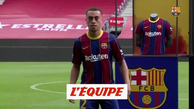 Sergino Dest a découvert le Camp Nou - Foot - ESP - Barça