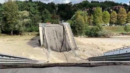 Alluvione in Piemonte: crollato il ponte sul Sesia tra Romagnano e Gattinara