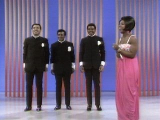 Gladys Knight & The Pips - The End Of Our Road/The Masquerade Is Over/I Heard It Through The Grapevine