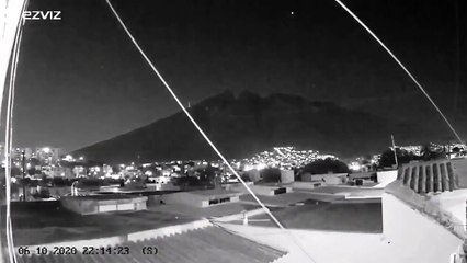Palla di fuoco in Messico, le incredibili immagini del passaggio nel cielo