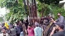 Berujung Rusuh, Begini Penampakan Demo Mahasiswa Tolak Omnibus Law di Bandung