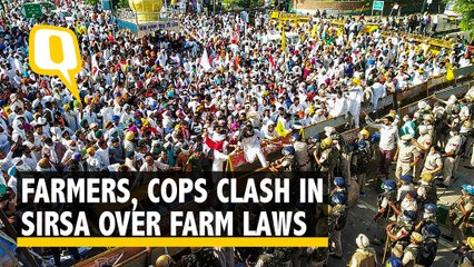 Police Use Water Cannons, Tear Gas on Farmers in Haryana's Sirsa Over Farm Laws
