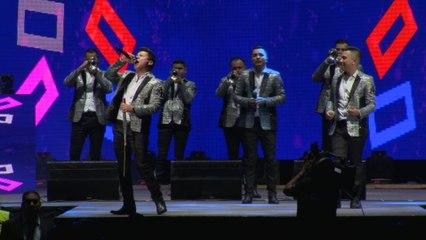 La Arrolladora Banda El Limón De René Camacho - Así Te Quiero Yo