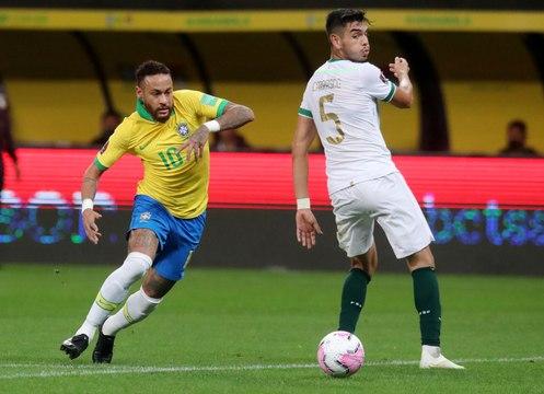 Brésil - Petit pont, roulette : Neymar proche d'un top but !