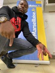 Stone Black, un « tueur de mots » de retour dans les rues de Marseille
