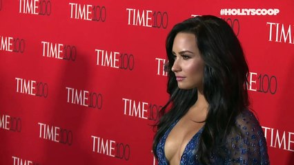 Demi Lovato BLASTS Donald Trump With New Song 'Commander In Chief'!