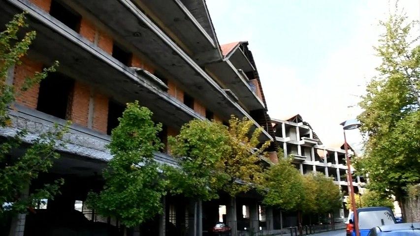 """Καρπενήσι: Από αναβολή σε αναβολή η κατεδάφιση αλλά πλησιάζει η ώρα για το ξενοδοχείο """"γιαπί"""""""